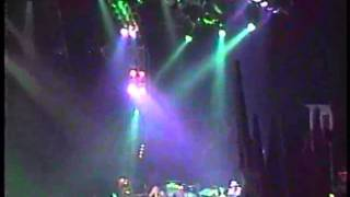 Widespread Panic - 10-31-99 part 6 Misty Mountain Hop, Chilly Water, Pleas
