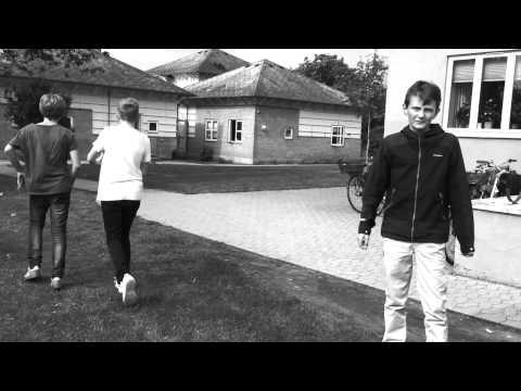 Musikvideo - Julio Kladniew - One (KSI sad song)