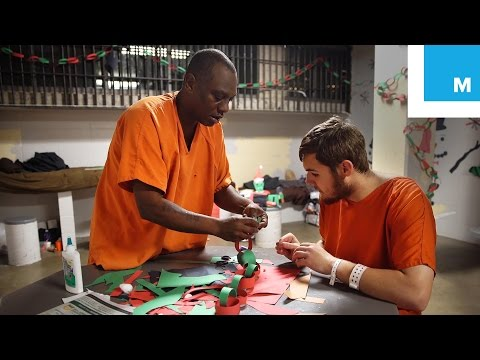 A Triumph of Christmas Spirit in a Kentucky Jail | Mashable