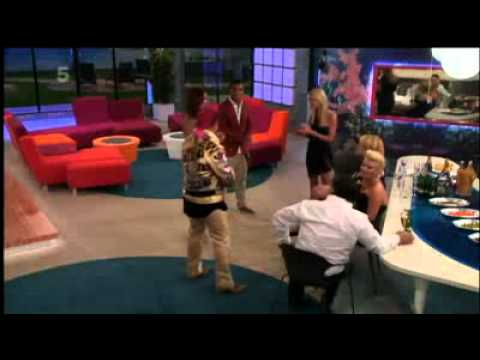 Celebrity Big Brother 2011 - Episode 1 Part 4 of 6 (Thursday 18th August 2011)