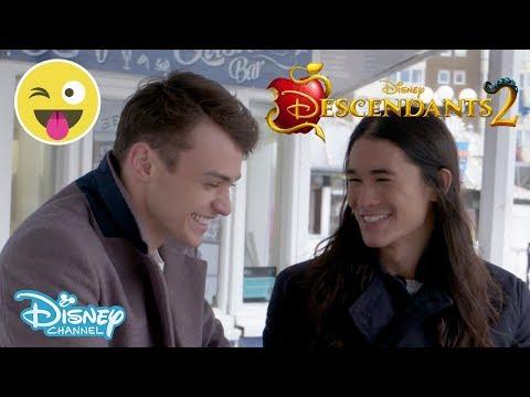 Descendants 2  Thomas Doherty & Booboo Stewart  Food Challenge 🍽 2   Disney Channel UK