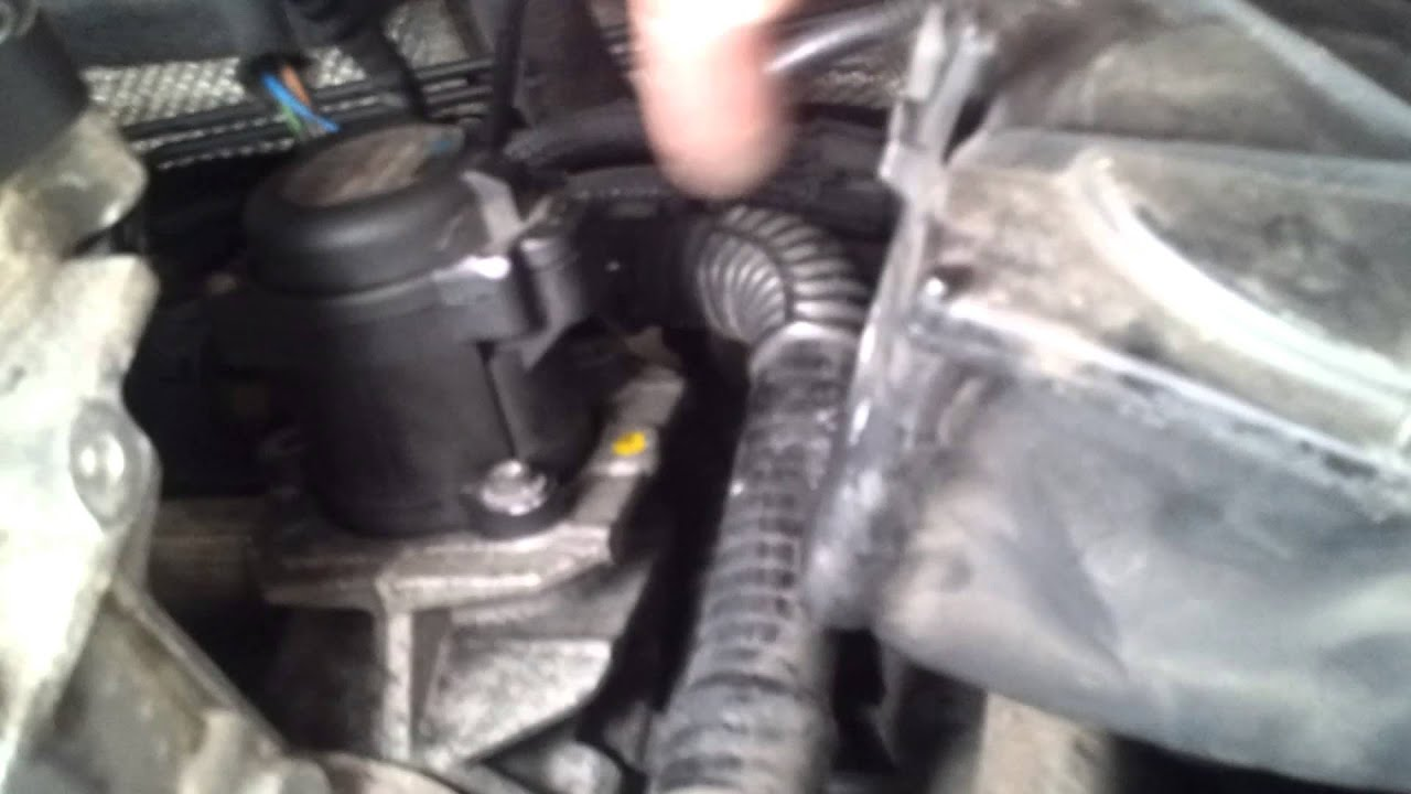 Ford Focus Cmax Egr Valve Removal Youtube