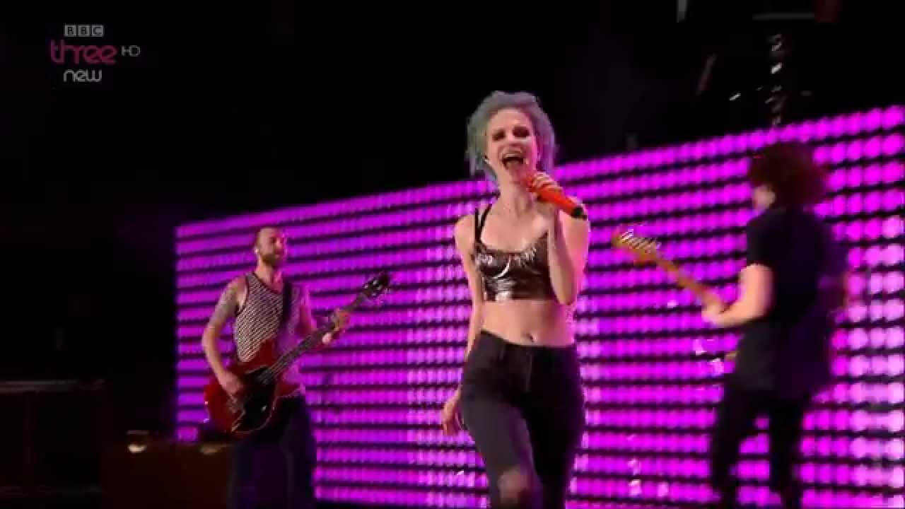 Resultado de imagen de Paramore - Reading & Leeds Festival 2014 (Full Show) HD