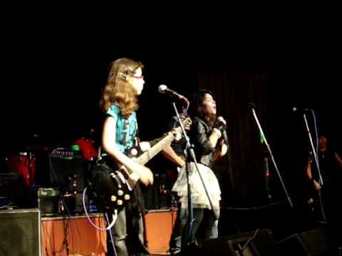 Elora's World:  Elora performs live with her band Gasoline Alley: I Wanna Rock.