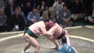 20160508大相撲夏場所初日 白鵬 vs 隠岐の海.