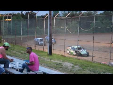Jace Gay Callaway Raceway Heat Race 5-20-16