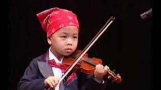 Violin Solo by Multi-Talented 4 Years Old Kid