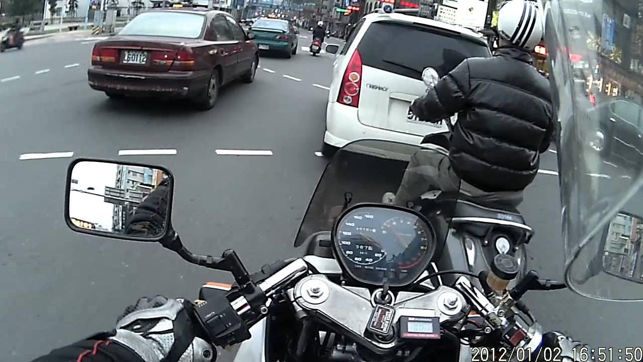 2012-1/2 [獵豹M1防水行車紀錄器] 下午騎94 Katana1100去定期檢驗 - YouTube