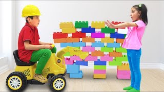 Playing with Toys & Blocks with Fatima and Ismet