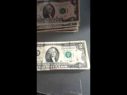 Bank strap hunting. Searching $2000 in two dollar bills