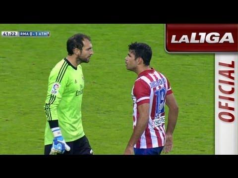 Diego Costa y Diego López se encaran tras una ocasión del Atlético de Madrid