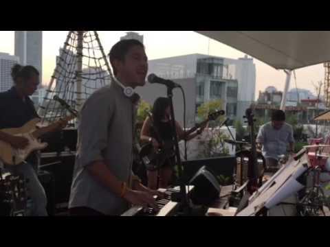 Melangkah Maju live at Por Que No