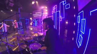 Our God Reigns - Israel houghton and new Breed (Live)