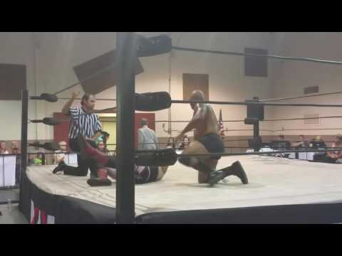 Silas Brown Vs Hollywood Star 5/28/16 XWX Wrestling