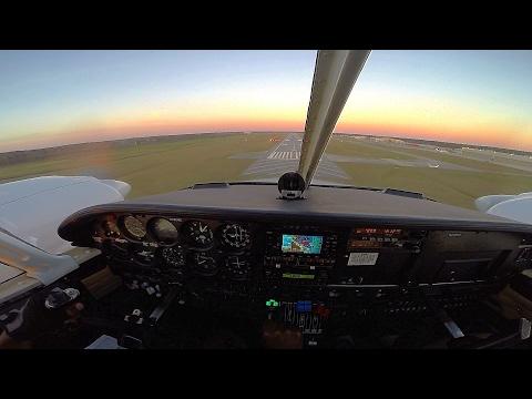 Beautiful Sunset Landing   Piper Seneca Cockpit View   PA34-200   GoPro HD