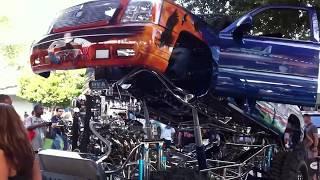 2012年にアメリカのSEMAショーで見たカスタムカーです。 車の隅々まで描...