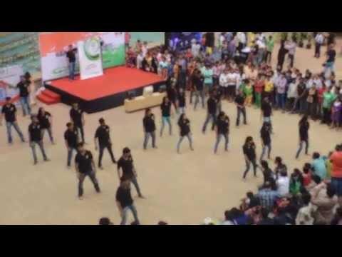 IIM Indore Mumbai Campus flashmob at R City Mall Ghatkopar