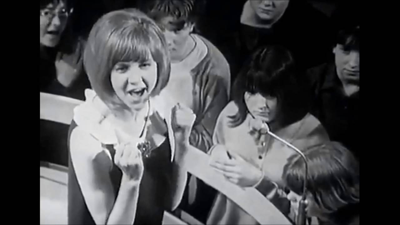 CILLA BLACK - AROUND THE BEATLES - ITV - 6 MAY 1964 - HD - YouTube