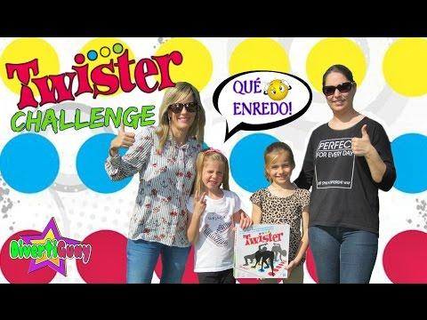 TWISTER CHALLENGE | EL RETO TWISTER con La chistera de Laura | DIVERTIGUAY