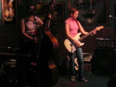 Li'l Reds - Live 2004