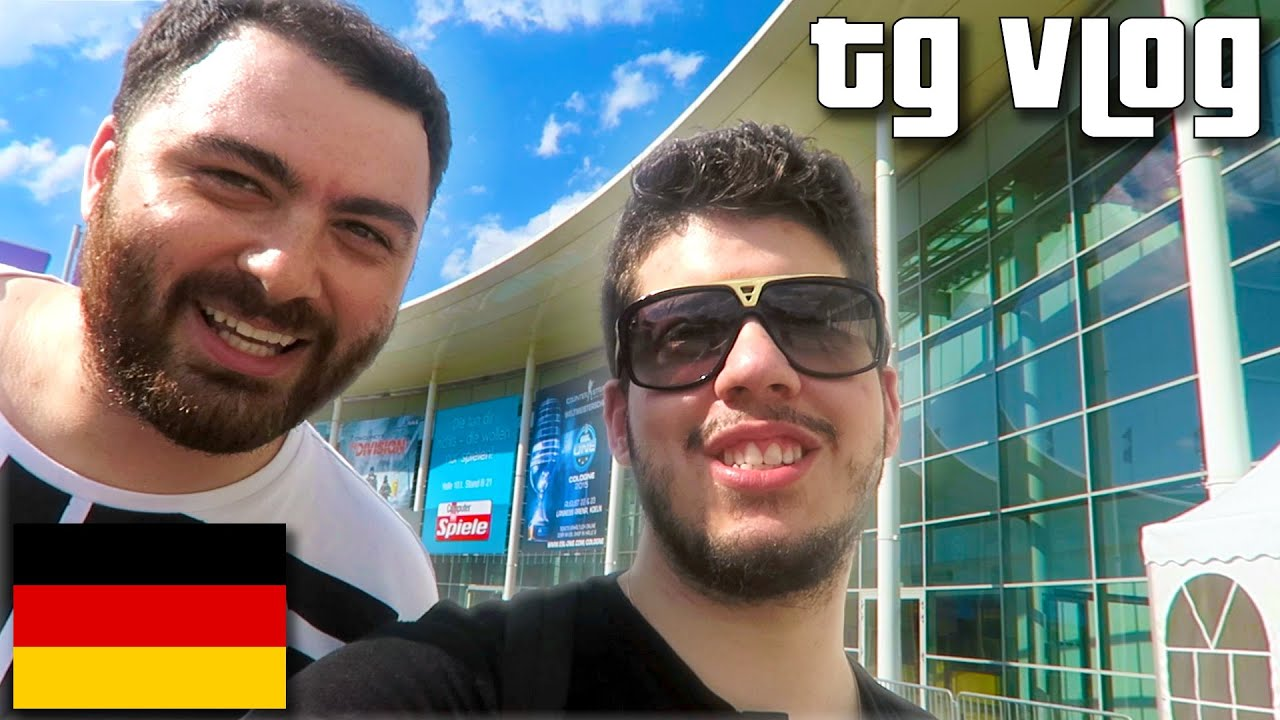 BIGGEST GAMING EVENT IN THE WORLD! (Typical Gamer Vlog)