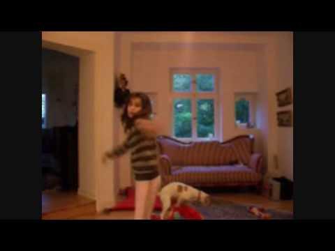 1 Girl 1 Dog (FULL VIDEO!!!!!!) ▶2:11