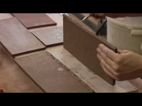 Clay Pottery Slab Building : Scoring Clay Vase Walls Together