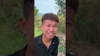 Trộm xe máy bị bắt tại trận, nam thanh niên quỳ khóc nức nở