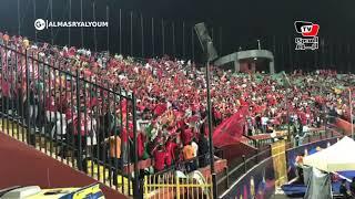 فرحة جنونية لجماهير المغرب عقب إحراز هدف الفوز على جنوب أفريقيا