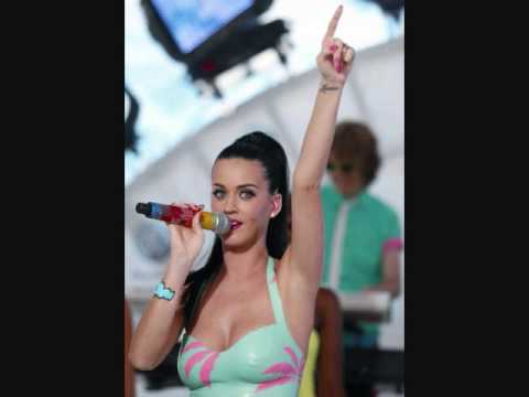 Katy Perry - California Gurls (Download Me Free Bootleg Mash-Up).wmv