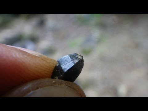 Rock and Mineral Collecting in Ontario -  Sarnac Zircon Mine