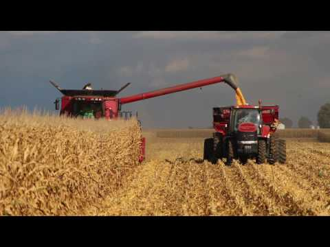 2016 Farming. Planting, Sidedress, Crop Duster and Harvest in Illinois! 4k Drone footage. Case IH.