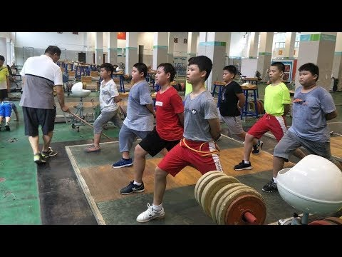 CHINESE PEOPLE WERE BORN TO LIFT