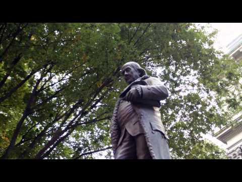 Ben Franklin Statue Medium