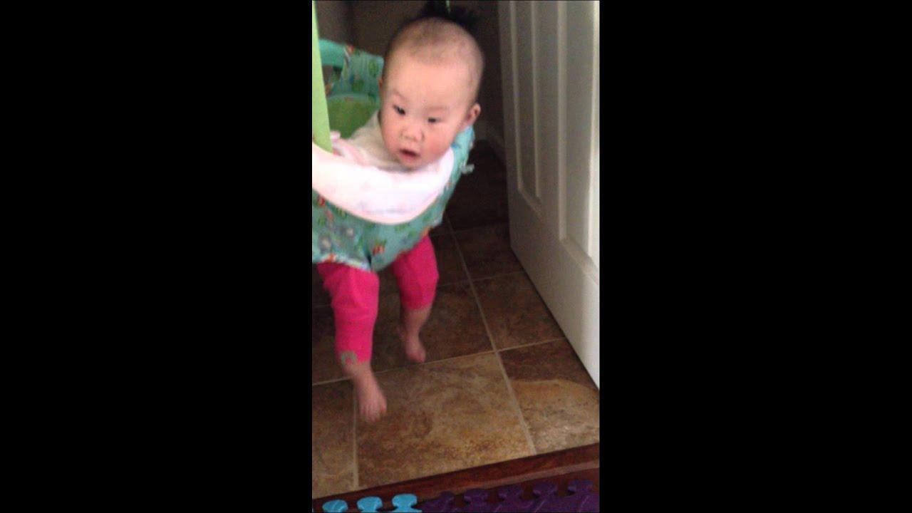 745b453ec78a Bright Starts Playful Pals (Door Jumper Swing) - YouTube