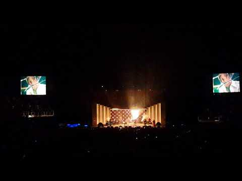 Four Out Of Five - Arctic Monkeys (O2 Arena, 12/09)