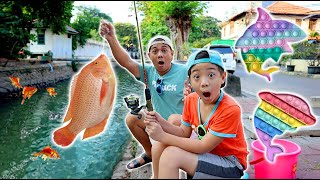 XAVIER MANCING IKAN DI PENGAIRAN, DAPAT POP IT !! Drama Parodi Lucu   CnX Adventurers
