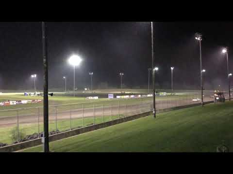 Jeff Lyon. - dirt track racing video image