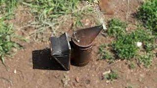 Как разжечь дымарь. Гофрокартон - топливо для дымаря.(, 2016-06-19T19:40:24.000Z)