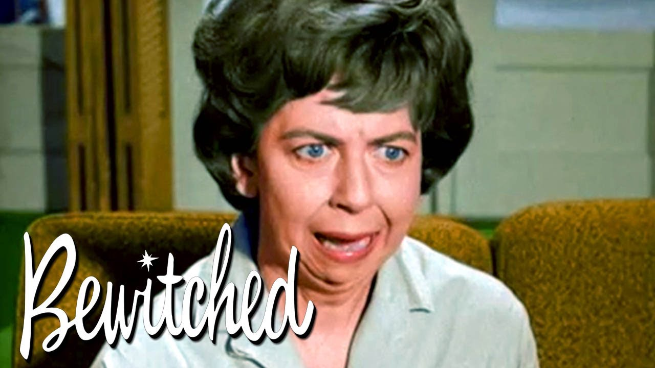 Mrs. Kravitz Thinks She's Got Magical Powers | Bewitched