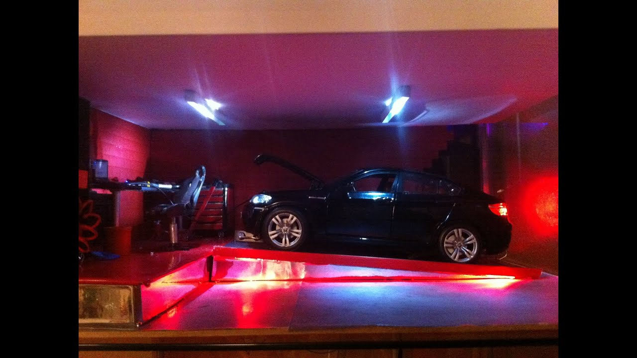 1 18 diorama garage bmw x6 banc d 39 essai fonctionnel for Garage bmw creteil