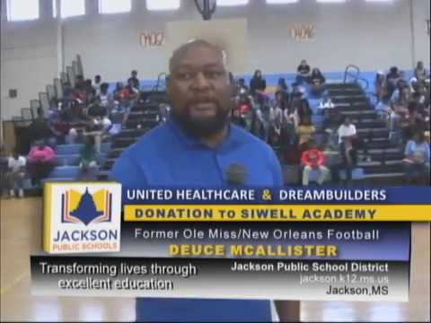 United Healthcare & Dreambuilders donate to Siwell Middle School