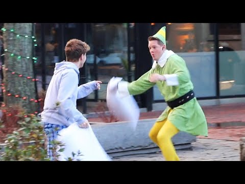 Edison - Man Dressed as Elf Starts Random Pillow Fights to Spread Holiday Cheer