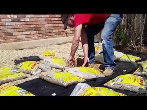 DIY Project: Pea Gravel Garden