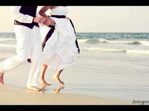 платье сиреневое с белым фото