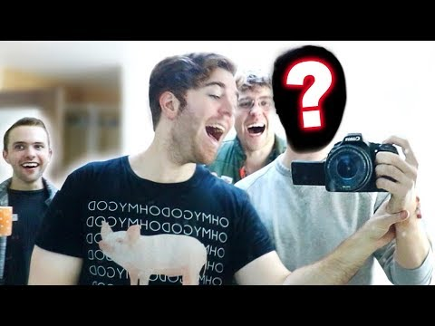 EXPOSING MY SECRET CAMERAMAN!