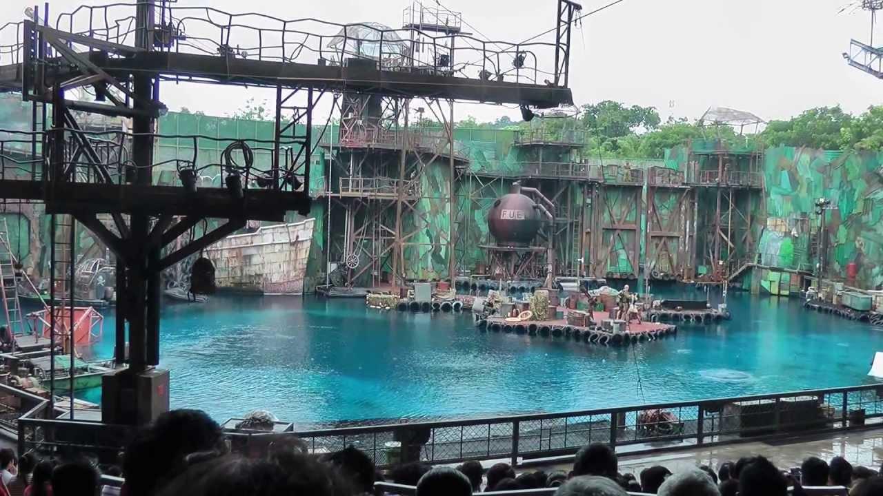 Universal Studios Singapore - Underwater World Show ...