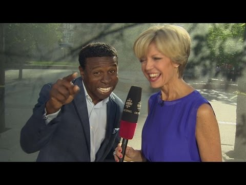 Pinball Clemons : Pan Am volunteers are at the heart of the games