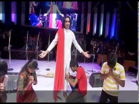 TAMIL CHRISTIAN SONG / REVIVE'12 / Umakagavae Uyir Vazha / Eva. Albert Solomon