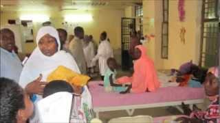 معهد تنمية الاسرة والمجتمع يوزع فرحة العيد للأطفال بمستشفي جعفر بن عوف ومستشفي ام درمان للأطفال